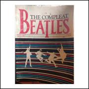 The Compleat Beatles Volumes Two e One - Autografado por George Martin