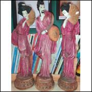 Escultura Samurai e Gueixas em Gesso